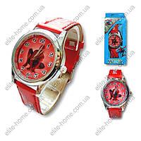 """Детские наручные часы """"Spiderman"""" в подарочной упаковке (красный ремешок)"""