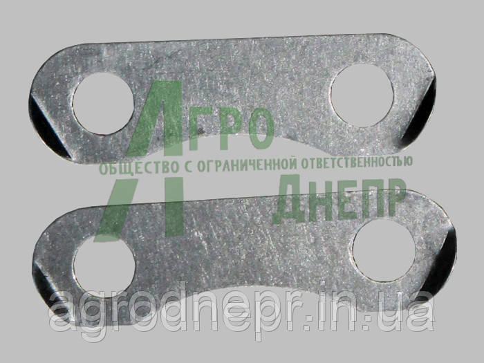 Пластина замковая маховика Д-65 (длинная) Д03-016-А ЮМЗ