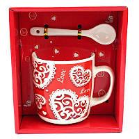 Чашка с ложечкой в подарочной упаковке Love - 132082