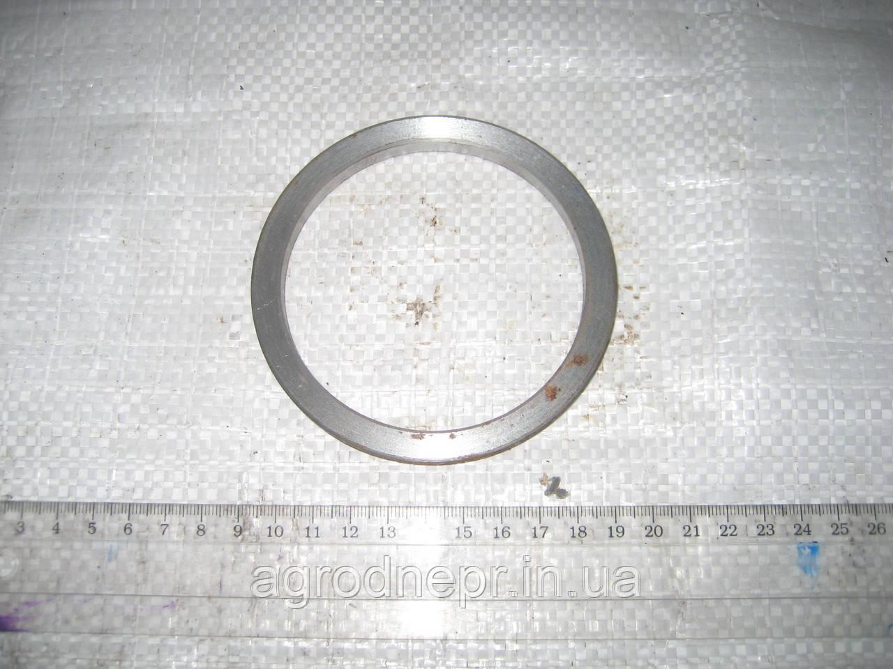 Кольцо распорное заднего моста ЮМЗ 36-2403045