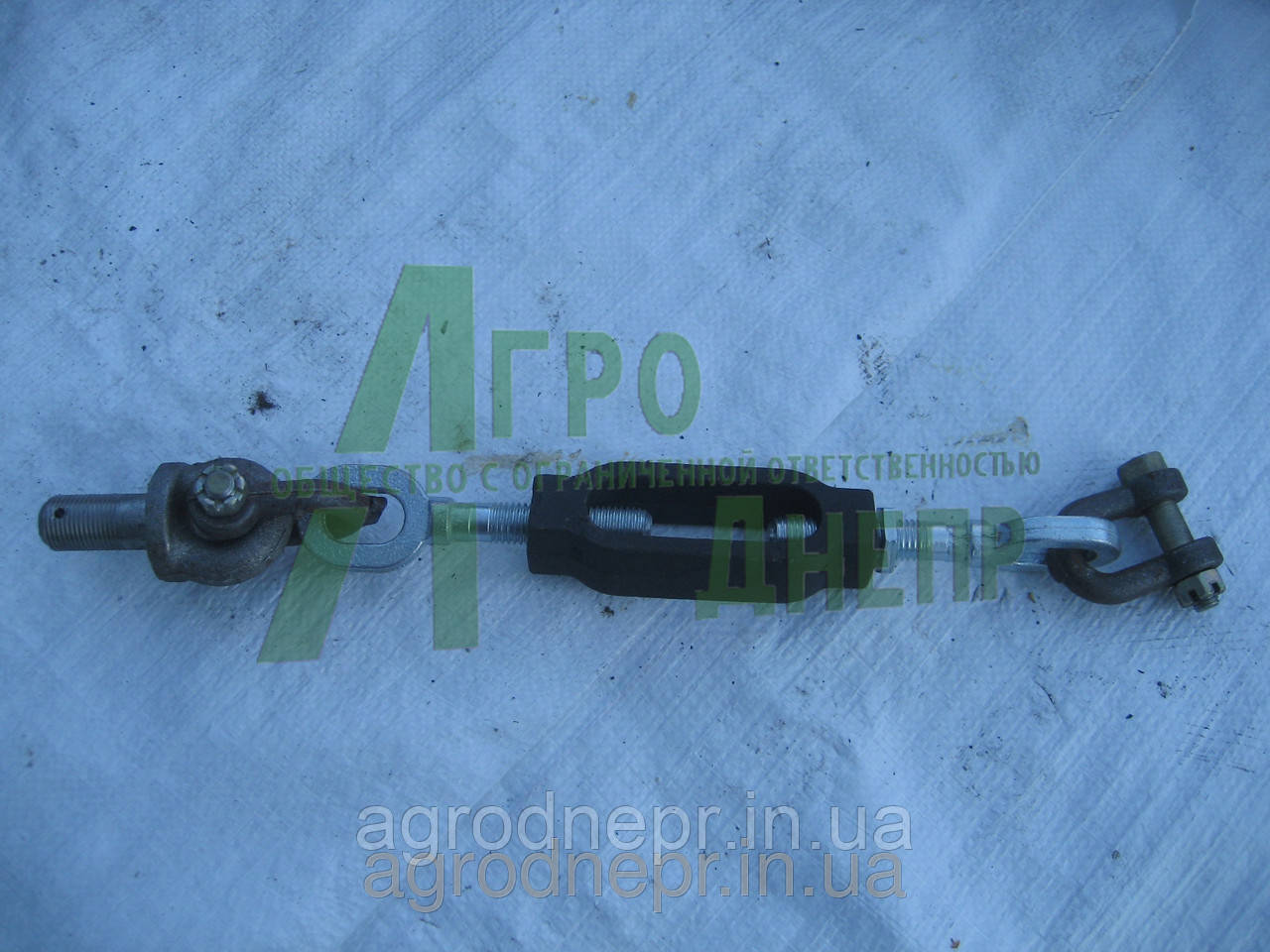 Стяжка левая механизма задней навески ЮМЗ 45-4605060-03 СБ