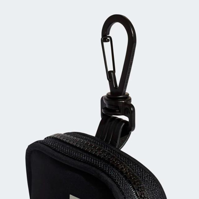Сумка Adidas NMD Pouch Bag | фото металлического карабина