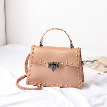 Модная маленькая женская сумка. Сумка женская с заклепками, размер S (золотисто-розовая)