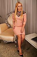 Женское полуприталенное платье