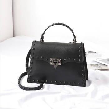 Сумка женская с заклепками, размер S. Модная маленькая женская сумка через плечо Черная