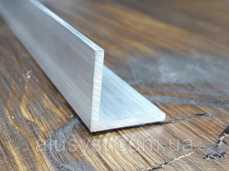 Уголок 30х30х1,5, алюминий, без покрытия