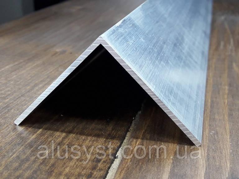 Уголок50х50х2 алюминий, без покрытия