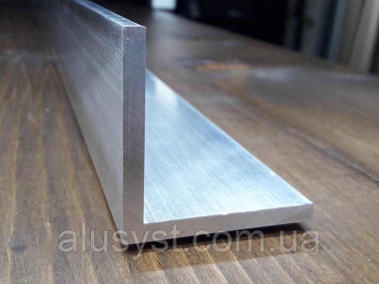 Уголок 50х50х5 алюминий, без покрытия