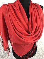 Шифоновый однотонный красный шарф с золотым напылением