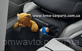 Защитная подкладка под детское автокресло Porsche