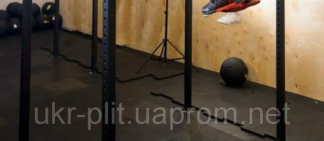 Резиновая плитка в тренажерном зале -1
