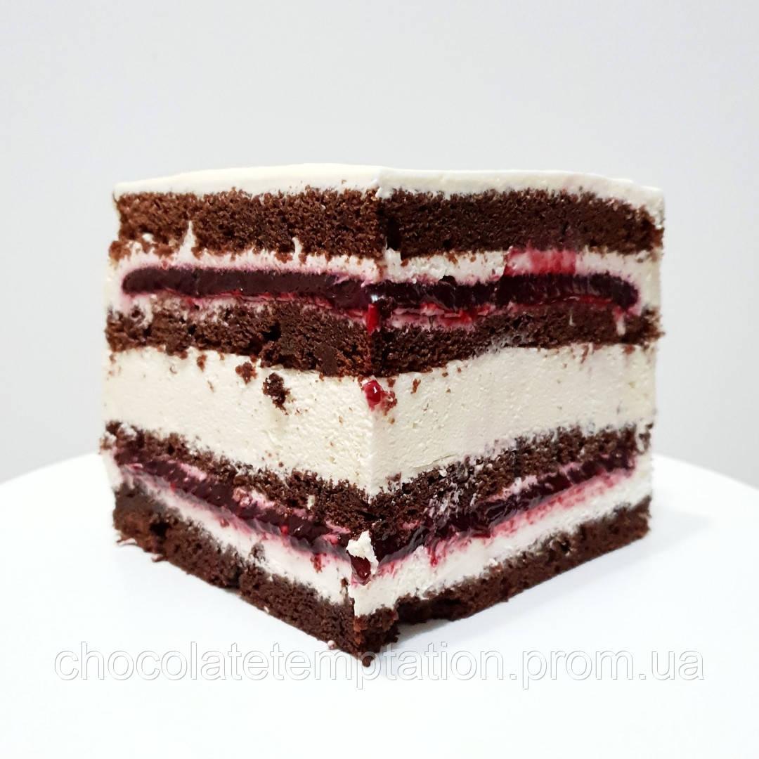 Торт шоколадно-ягодно-мятный с крем-чизом