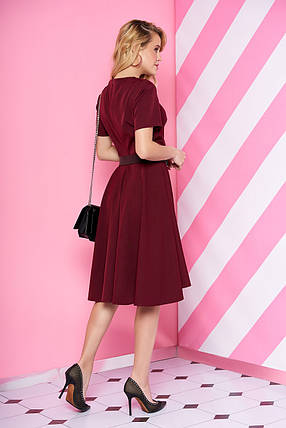 Модное платье миди юбка солнце клеш с поясом рукав короткий бордового цвета, фото 2