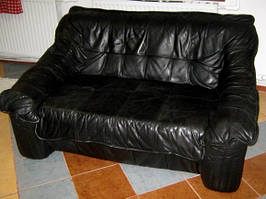 Набор кожаной мебели диван на 3 места, диван двойка и кресло черный из Европы б/у