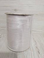 Атласная косая бейка белого цвета для окантовки, ширина 15 мм моток 100 м