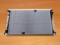 Радиатор основной Опель Виваро 2.5 dci 06- б/у (Opel Vivaro II)