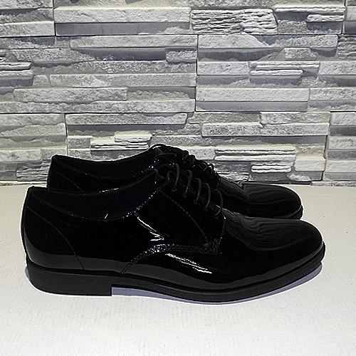 Туфли лаковые женские на шнурках