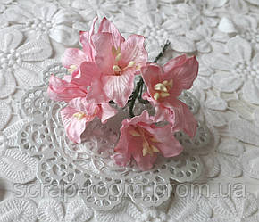 Лилия бумажная розовая 3 см, лилия розовая, бумажная лилия розовая 3 см Таиланд, лилия, цена за 1 шт