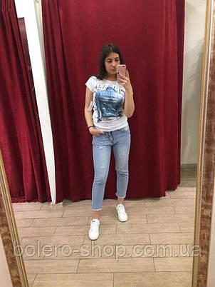 Футболка женская Rosso Disera белая, принт - джинс, фото 2