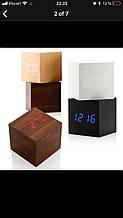 Деревянные часы-будильник с LED-дисплеем Wooden Clock куб