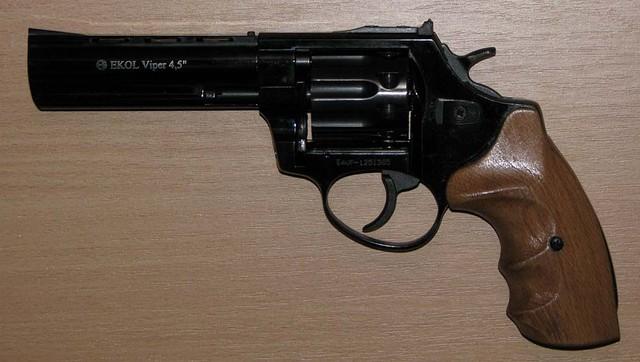 Револьвер под патрон Флобера Ekol Viper 4.5 бук