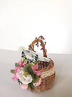 Детская пасхальная корзина с цветами