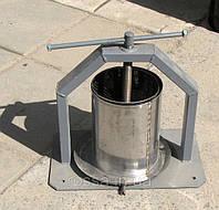 Механический прес ручной (8,5 литров) Винницкого производства
