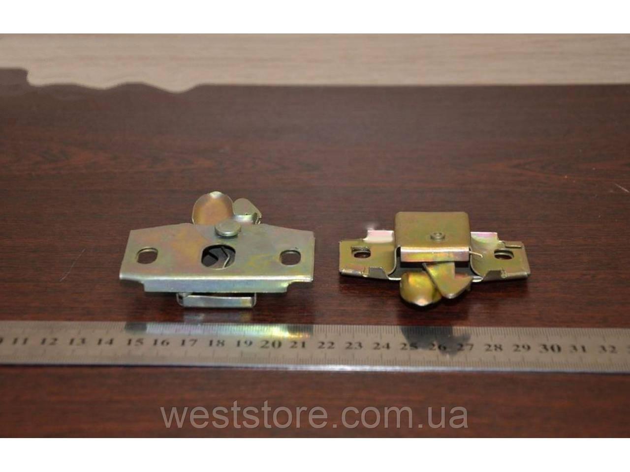 Механизм крышки багажника Ваз 2101 (защелка)