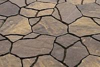 Тротуарная плитка Песчаник идеальна для мощения больших площадей поверхности парковых тротуаров и пешеходных дорожек.