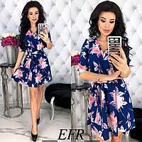 Женское нежное платье с цветочным принтом