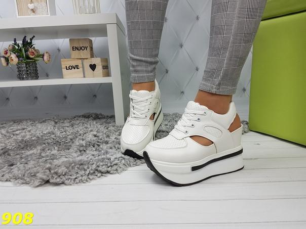 Сникерсы кроссовки на высокой платформе с открытой пяткой белые