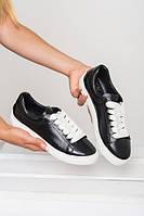 Черные кеды кроссовки женские кожаные на белой подошве и белыешнурки
