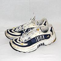 Подростковые кроссовки унисекс Adidas р.37 по стельке 23,5 - 24 см, б/у