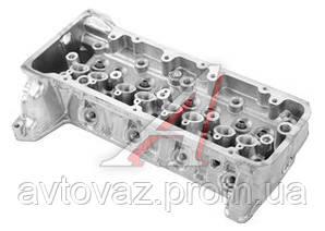 Головка блока цилиндров ВАЗ 21214, ВАЗ 2123 Нива с отверстием под датчик новый образец АвтоВАЗ