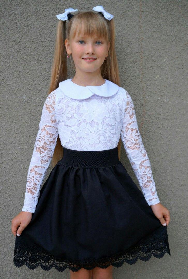 Пышная юбка для девочки с кружевом в школьном стиле