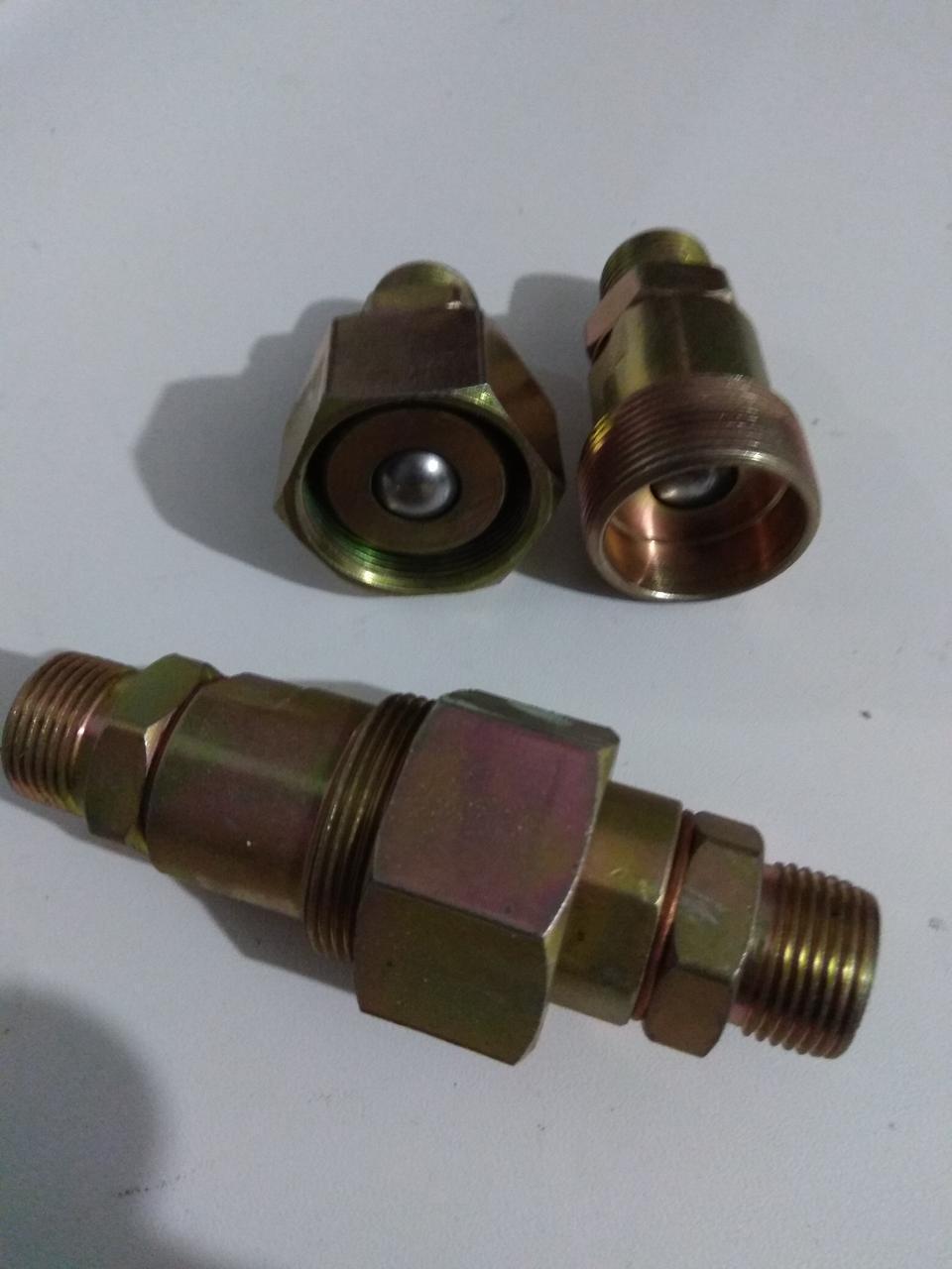 Муфта соединительная (шар)  S32 (М27х1,5-М27х1,5)
