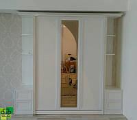 Шкаф-кровать в прованском стиле с мягким изголовьем