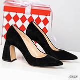 Шикарные черные замшевые женские туфли на фигурном каблучке, фото 3