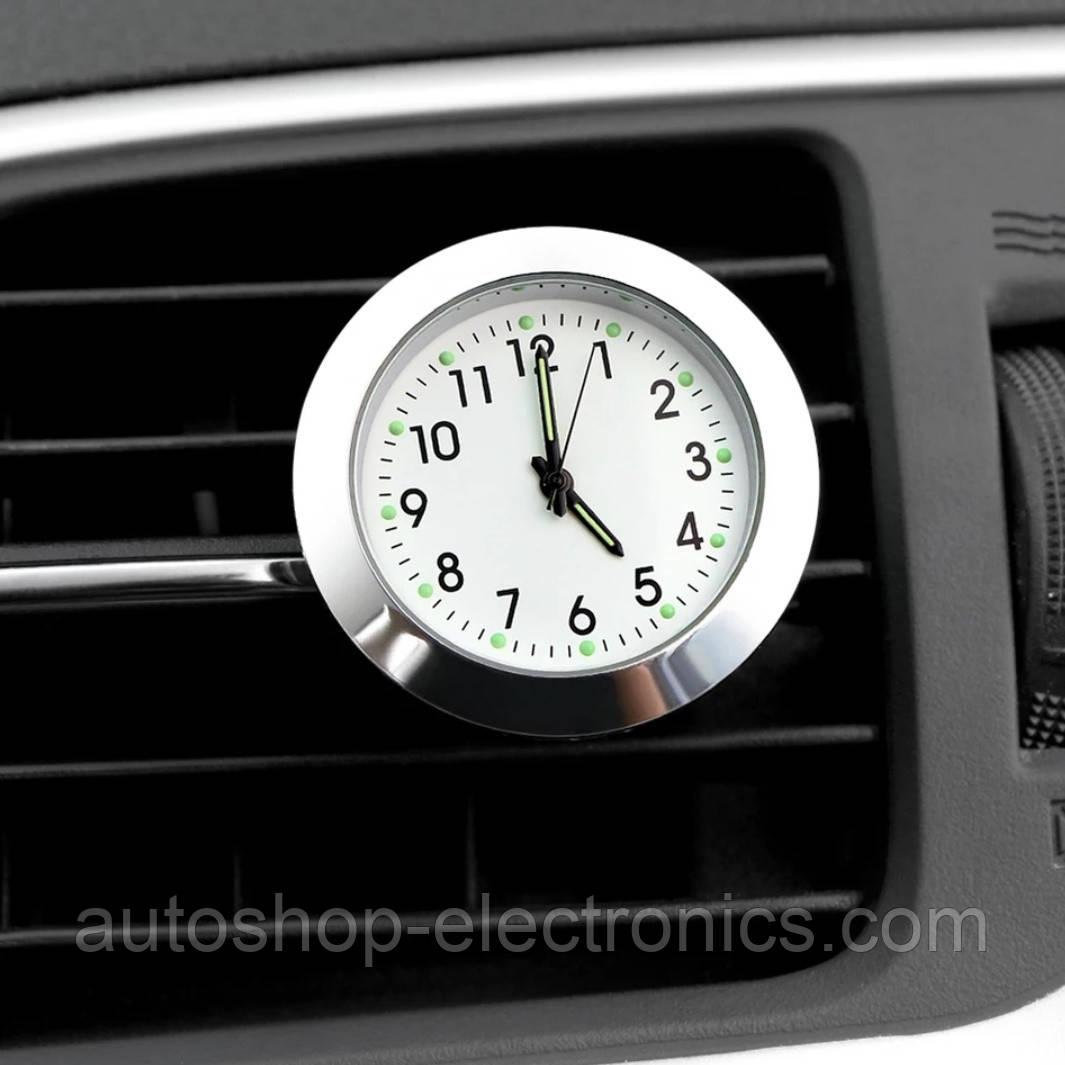 Автомобильные часы в решетку воздуховода или на скотч к поверхности - БЕЛЫЙ ЦИФЕРБЛАТ