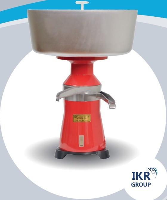 Сепаратор центробежный молочный «МОТОР СІЧ-100-18» для переработки молока, сливкоотделитель