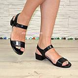 Женские кожаные босоножки на маленьком каблуке, цвет черный, фото 4