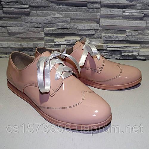 Туфли женские лаковые на шнурках