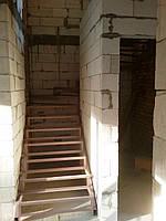 Поворотно-забежной каркас лестницы под обшивку. П-образная лестница, фото 1