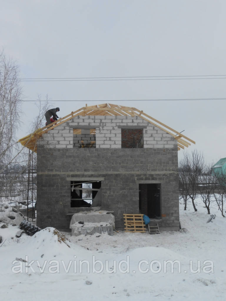 Будівництво будинків, складів, ангарів, навісів під ключ.