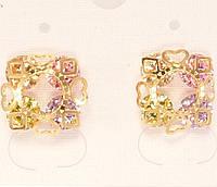 """Сережки XP Позолота 18К гвоздики """"Чотири кольорових кристала в різьблений скріпці"""""""