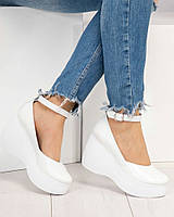 Модные, комфортные белые кожаные женские туфли, танкетка