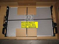 Радиатор  MERCEDES W211 22CDi MT/AT 02- производство Nissens