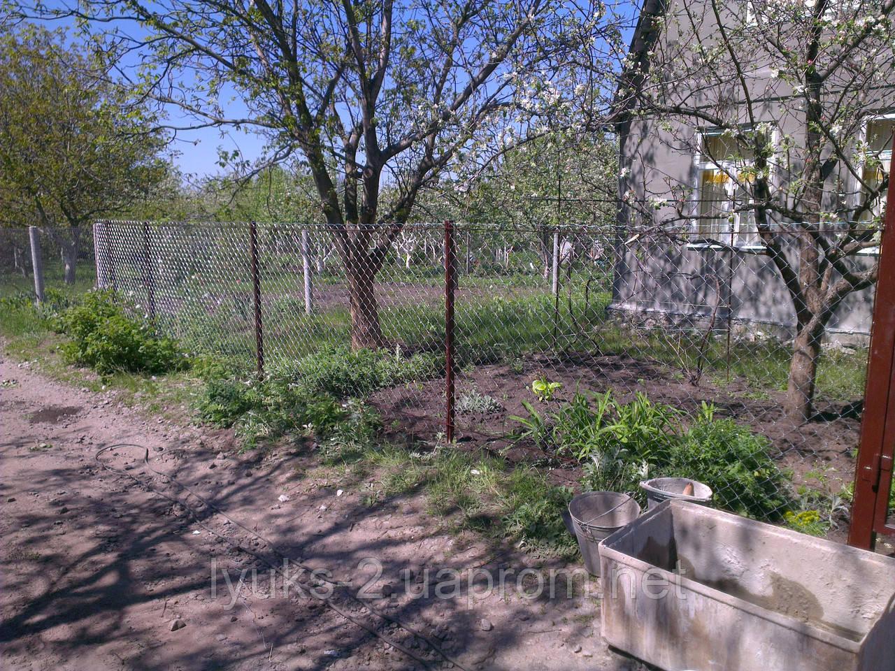 Забор из сетки рабицы 1,5м под ключ