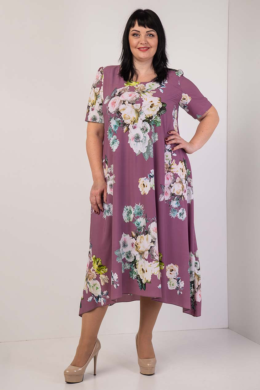Шифоновое женское платье с цветочным узором розовое