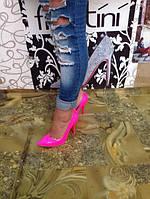 Женские туфли-лодочки  розовые  лак